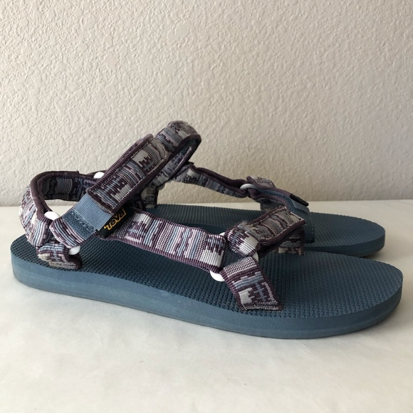 Teva Size 7 Plum Leather Sandals New Womens Shoes